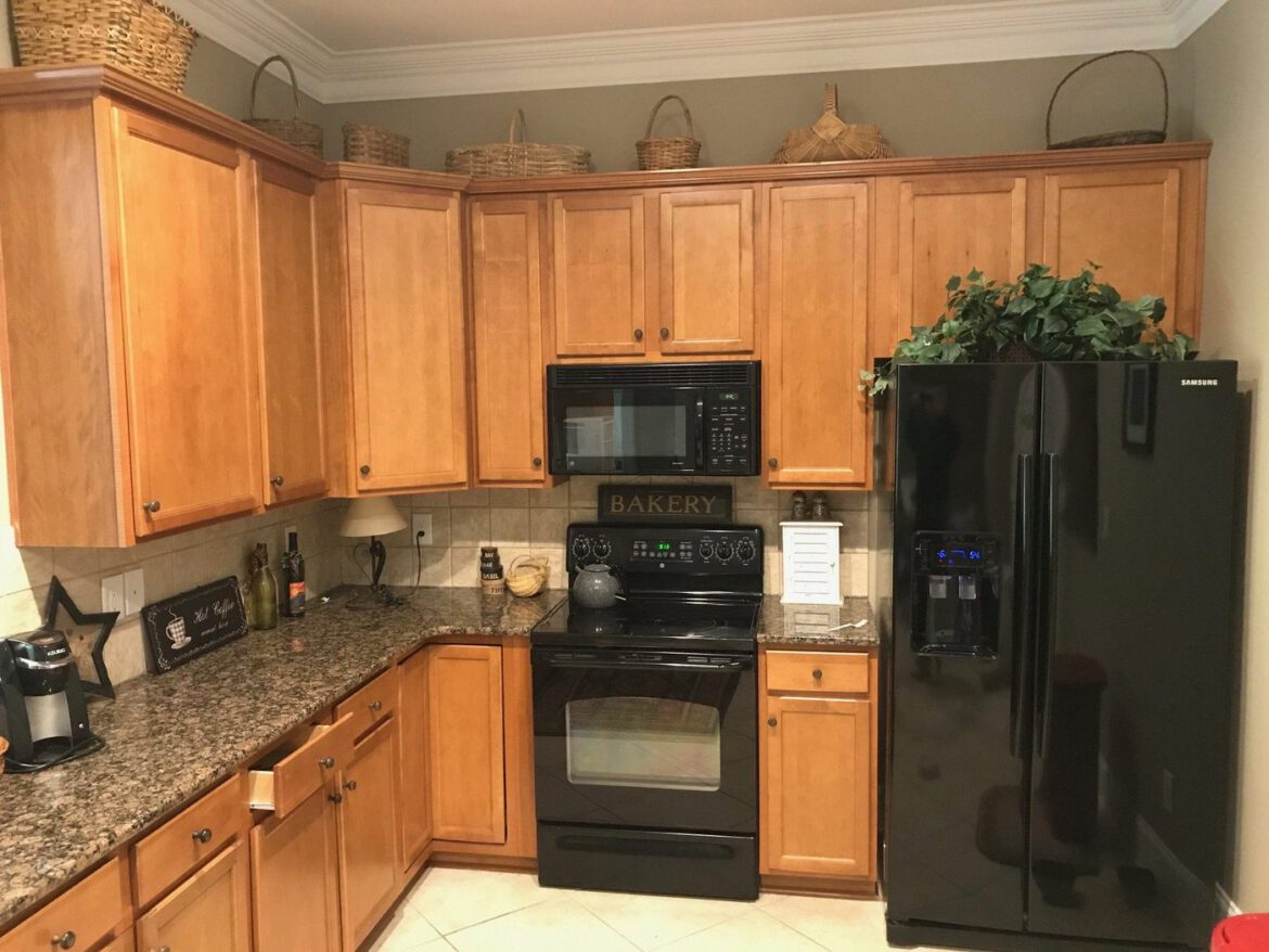 Cabinet Resurfacing: Is It an Option For You?